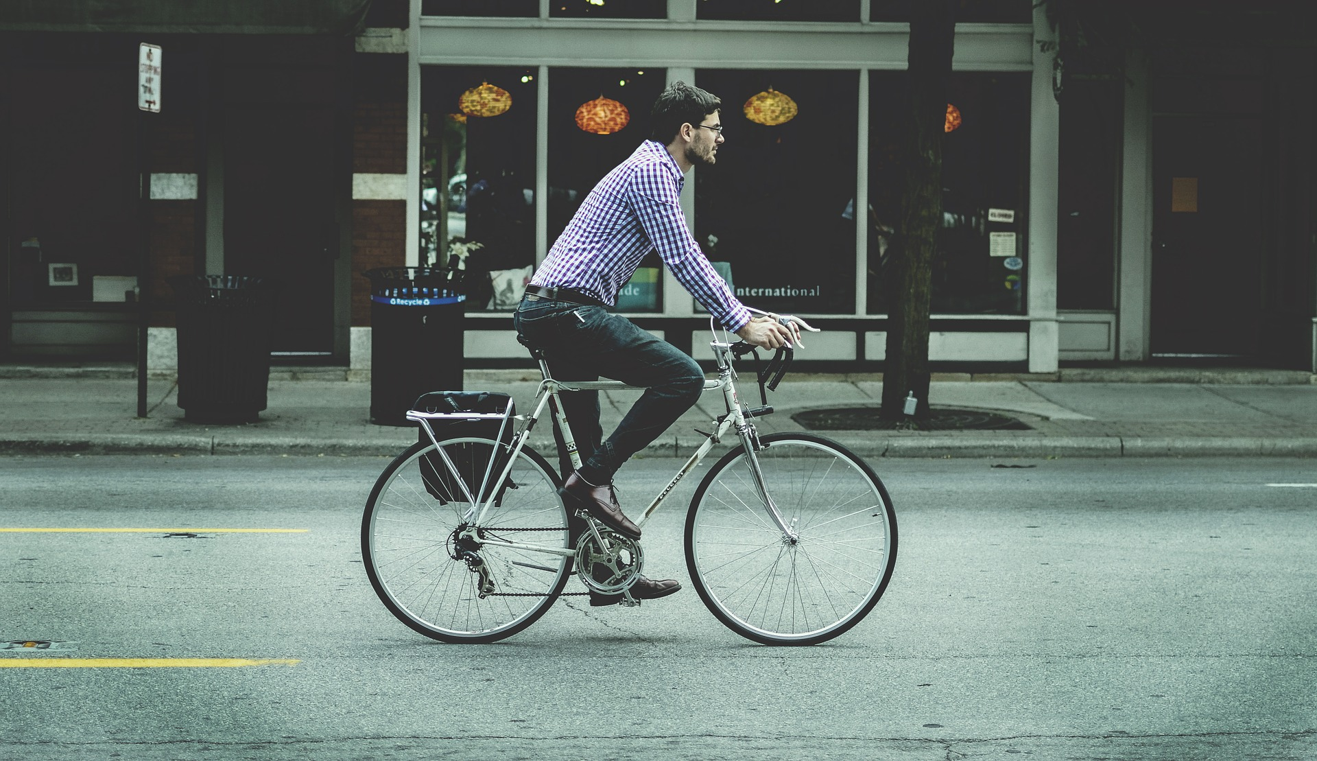 Business-travel-bicycle